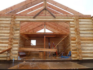 "8"" pre-cut Superior Logs Fire Island Visitor Center under construction using our complete shell materials."